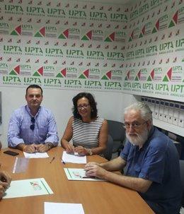 Firma del acuerdo de colaboracón comercial entre UPA-A y Abctic.