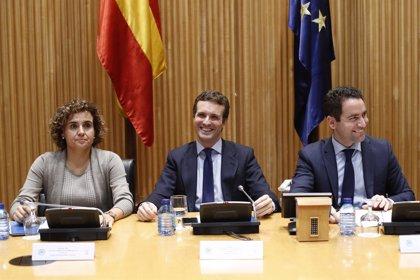 Casado, Rajoy y Aznar, juntos en el Congreso en el homenaje de la Constitución