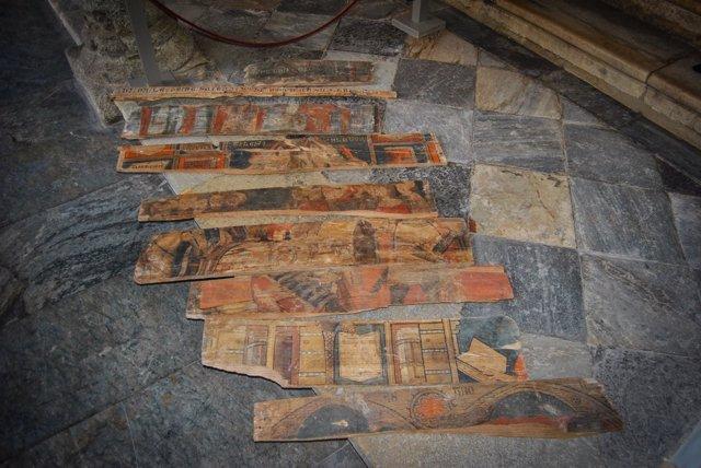 Tablas policromadas halladas en Toledo