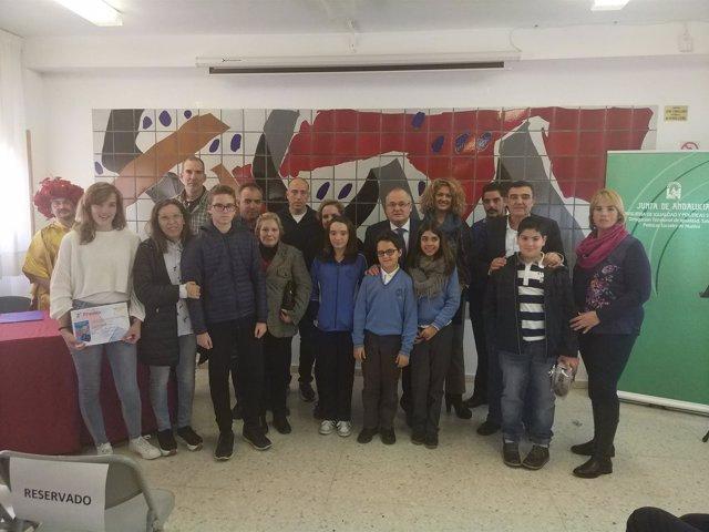 Los galardonados del certamen escolar andaluz 'Solidaridad en Letras'.