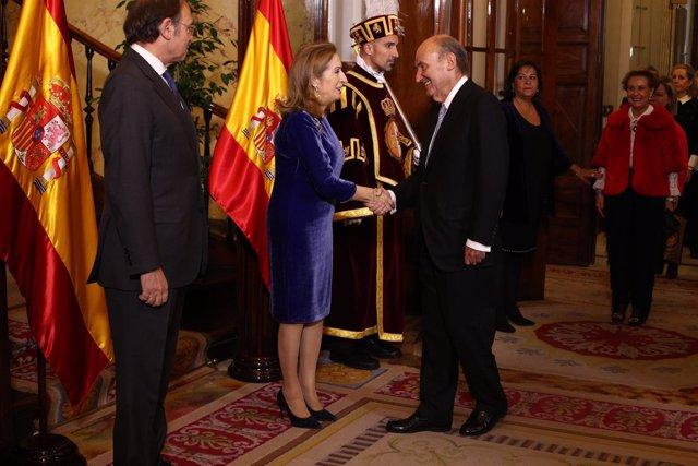 Ana Pastor y Miquel Roca en el Día de la Constitución