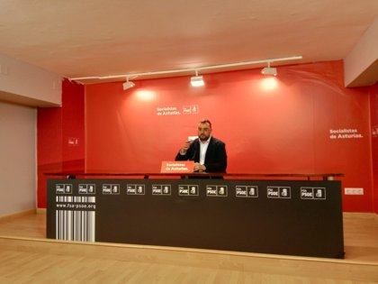 """El PSOE asturiano hará """"mucha pedagogía"""" para frenar a Vox"""