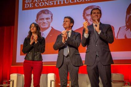 """Albert Rivera asegura que """"la mejor reforma de la Constitución es aplicarla"""" y pide consensos"""