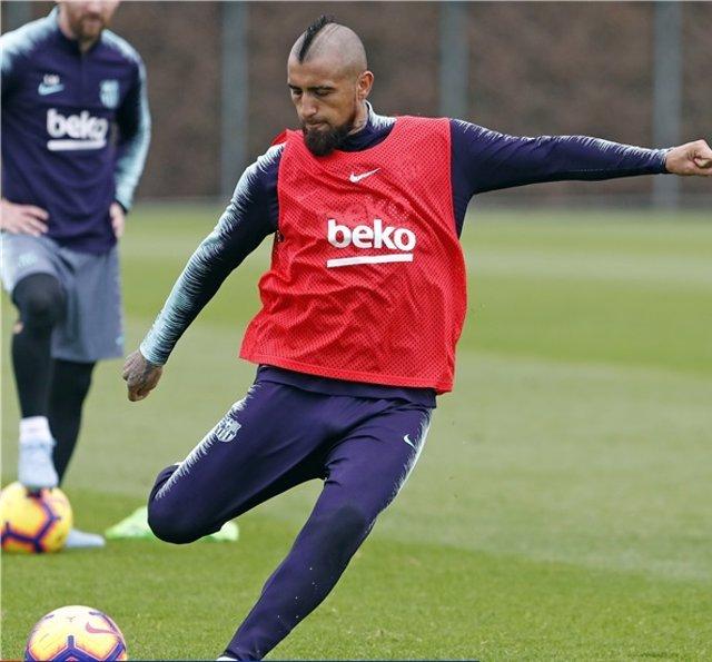 El jugador del FC Barcelona Arturo Vidal en un entrenamiento