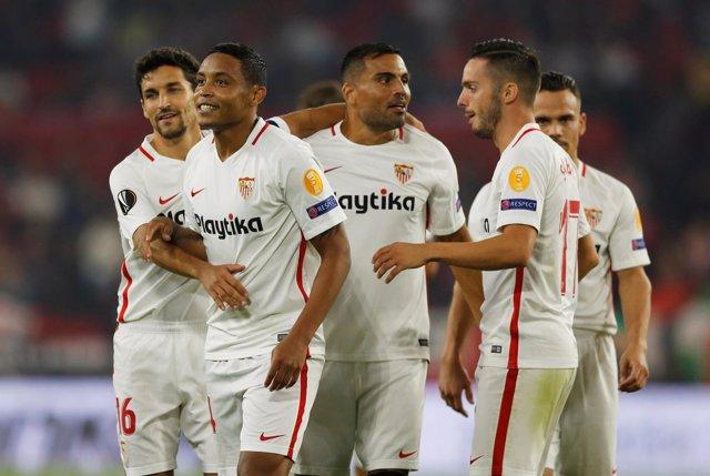 El Sevilla celebra una cómoda victoria en Liga Europa