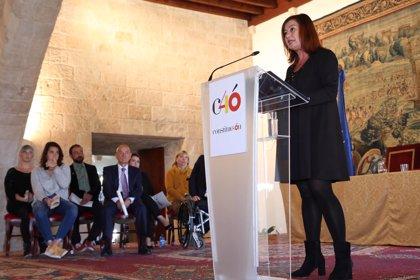 """Armengol asegura que la Constitución es el """"antídoto más poderoso"""" contra la discordia"""
