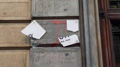 Ataquen de nou la seu d'Òmnium Cultural a Barcelona