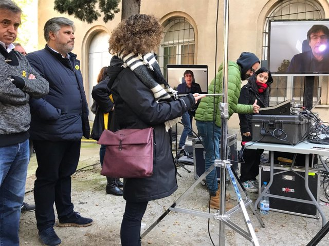 El expresidente de la Generalitat Carles Puigdemont en una videoconferencia