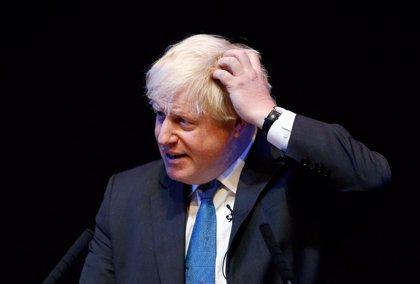 El Parlamento ordena a Boris Johnson pedir perdón por no declarar a tiempo todos sus ingresos