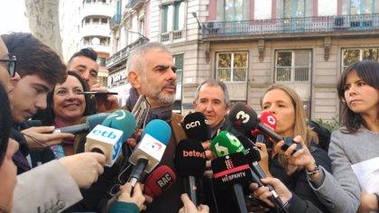 """Carrizosa (Cs) critica que """"els radicals assetgin als quals volen celebrar la Constitució"""""""
