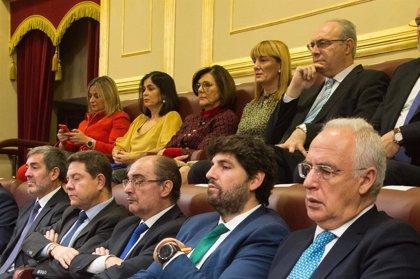 """López Miras destaca que defender la Constitución es """"respaldar y proteger la igualdad de todos en derechos y oportunidad"""