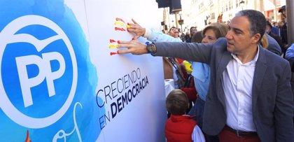 """Bendodo destaca que la aprobación de la Constitución trajo a España """"su etapa más próspera: la democracia"""""""