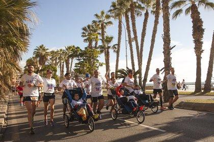 Un equipo formado por jóvenes con una enfermedad rara y neurodegenerativa correrá en la Maratón de Málaga