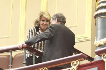 """Esperanza Aguirre dice que con """"un golpe de Estado en Cataluña"""" no se puede reformar la Constitución"""