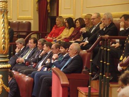 Ceniceros y González asisten en el Congreso al acto del 40 Aniversario de la Constitución