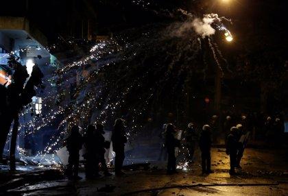 La marcha por el aniversario del asesinato de Grigoropoulos acaba con enfrentamientos con la Policía griega