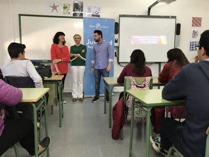 """Martínez-Cachá considera """"necesaria"""" la propuesta de devolver las competencias de Educación al Gobierno central"""