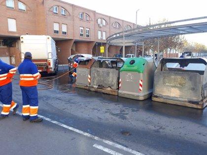 Cremen a Tortosa una vintena de contenidors de la brossa durant la nit