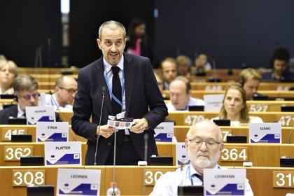 La Comunidad se interesa en Bruselas por el derecho al voto de los británicos residentes en la Región tras el 'Brexit'