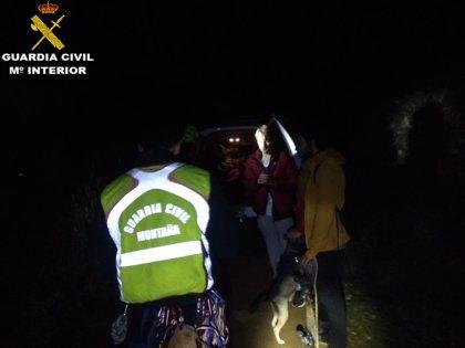 Rescatados tres jóvenes y un perro que se habían desorientado en la Sierra Vernissa