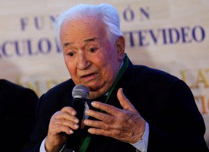 La vicepresidenta de Colombia da por muerto al expresidente Belisario Betancur con un mensaje en Twitter