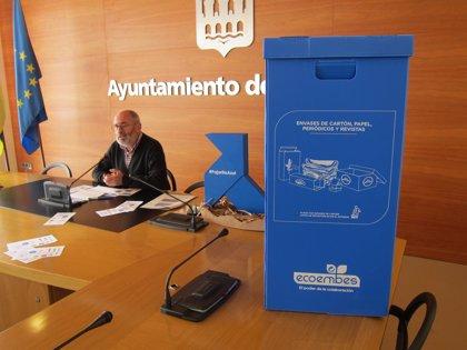 """Refuerzo de la Campaña """"puerta a puerta"""" para recogida selectiva de papel y cartón en zonas comerciales estas navidades"""