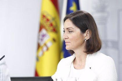 """Reyes Maroto afirma que los próximos días """"van a ser claves"""" para el futuro de las plantas de Alcoa"""
