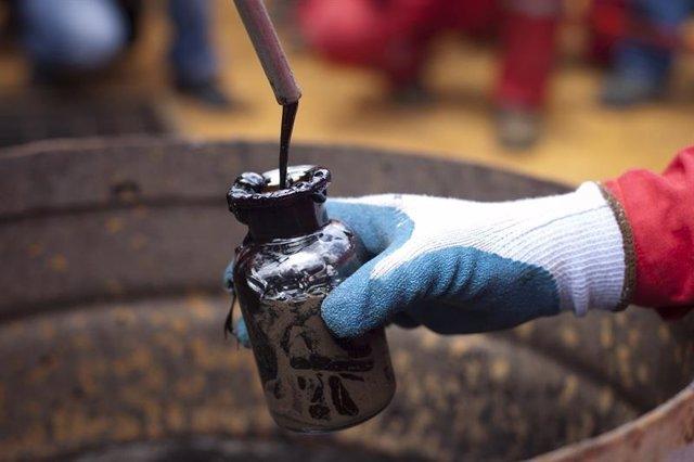 Petroli (arxiu)