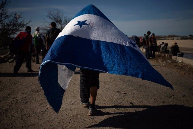 Migrante hondureño de la caravana centroamericana