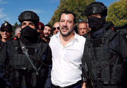 Salvini dice que el presupuesto de su Gobierno evita protestas como las de los 'chalecos amarillos' en Francia