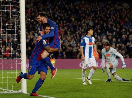 El Barça recupera la garra de Luis Suárez para el derbi