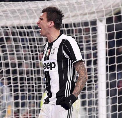 Mandzukic descarta al Inter por el Calcio