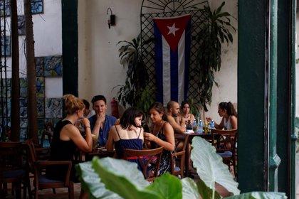 """Díaz-Canel defiende las """"rectificaciones"""" de su Gobierno en el sector privado cubano"""