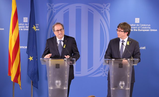 El president del Govern, Quim Torra, amb l'expresident Carles Puigdemont