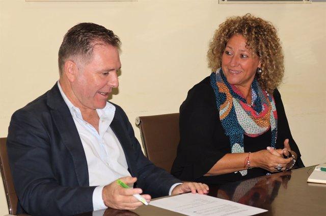 Reunión entre el Partido Popular de Huelva y AECO.