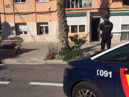 Detenidas tres personas por formar parte de una organización criminal dedicada a la venta de droga en Alicante