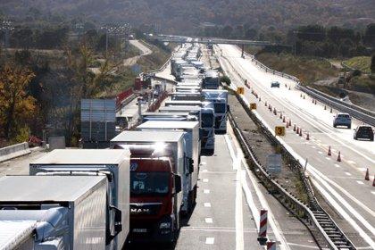 Les protestes dels Armilles Grogues bloquegen centenars de camions a la Catalunya del Nord