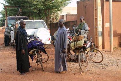 Al menos 15 civiles fulanis muertos en un ataque de milicias rivales en el centro de Malí