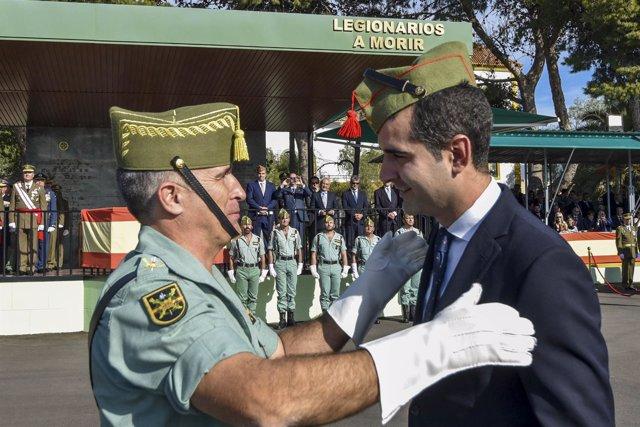 El alcalde de Almería, nombrado legionario de honor
