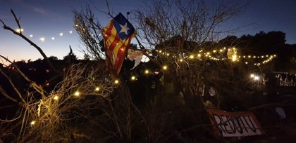 Continúa el corte indefinido de los CDR en l'Ampolla (Tarragona)