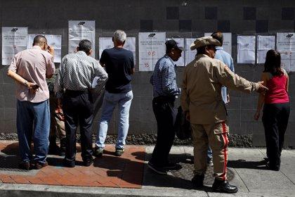 Las autoridades venezolanas aseguran que las elecciones municipales se desarrollan con normalidad