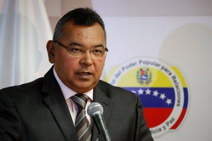 """El ministro del Interior de Venezuela destaca que los comicios municipales """"transcurrieron en paz"""""""
