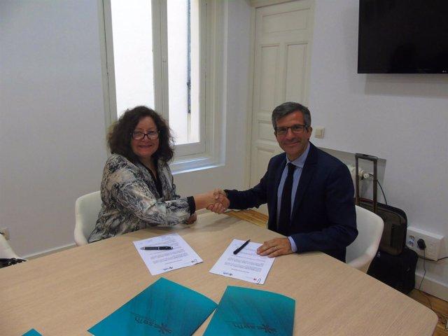 Firma del acuerdo entre la SEFH y el Instituto Racine