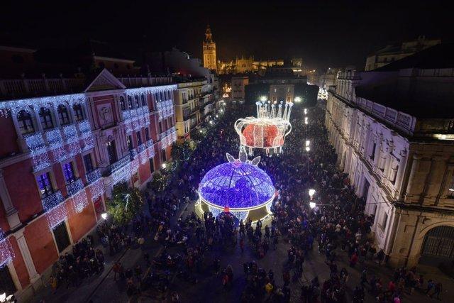 El centro de Sevilla, repleto en Navidad
