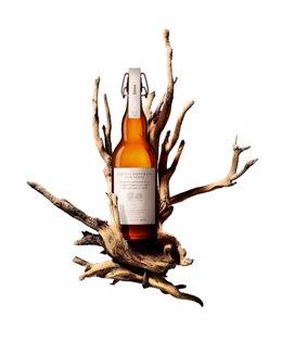 Cerveza madurada con madera de roble y castaño de Damm