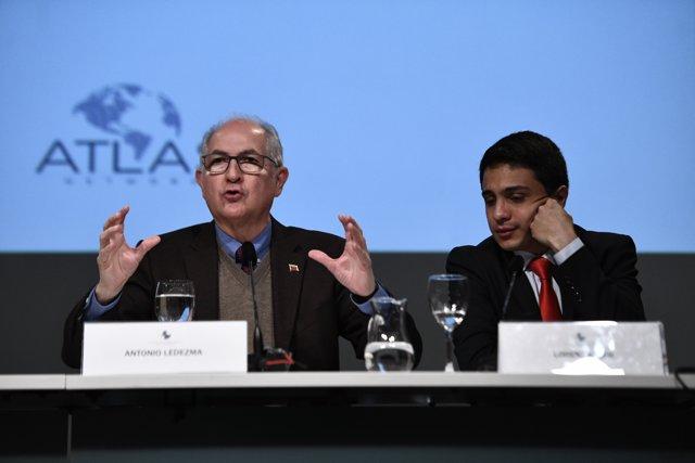 """Celebración del Seminario Internacional """"Grandes desafíos de Iberoamérica"""" en el"""