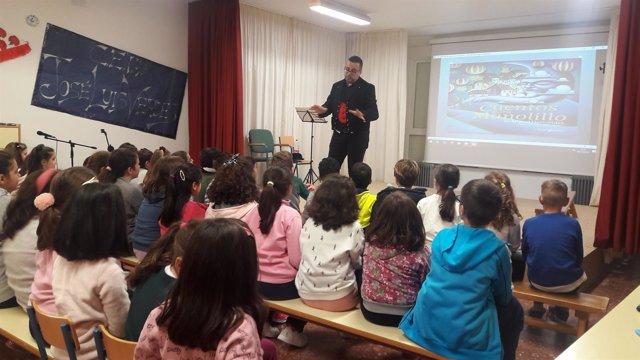 Taller sobre Miguel Hernández en el colegio José Luis Verdes.