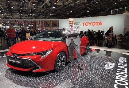 """Toyota afirma que dejará de vender coches diésel en 2018 """"por convicción, no por prohibición"""""""