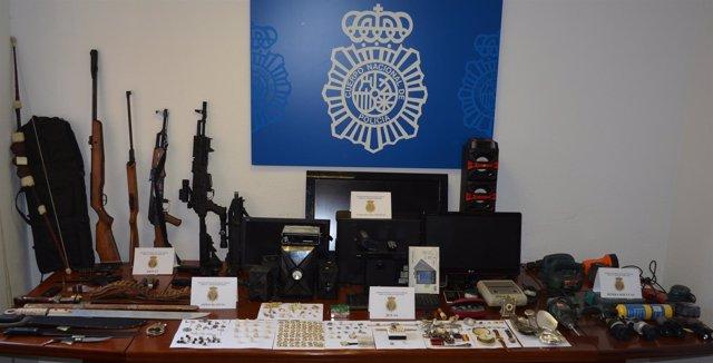 Efectos recuperados por la Policía Nacional