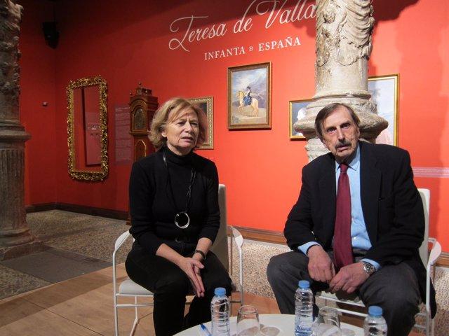 Pilar Cernuda y Antonio Papell, en el Patio de la Infanta de Ibercaja